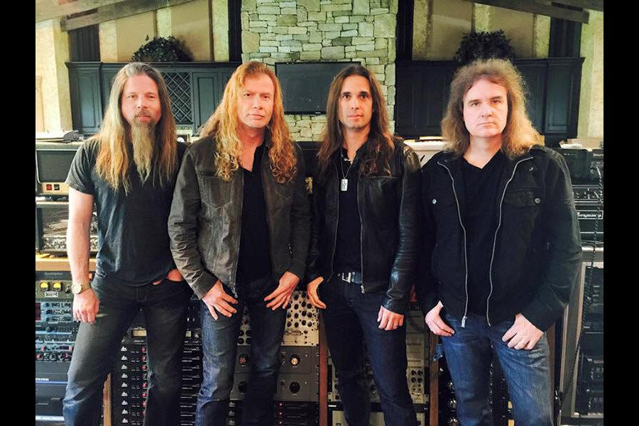 MEGADETH: First Photo Of New Recording Lineup