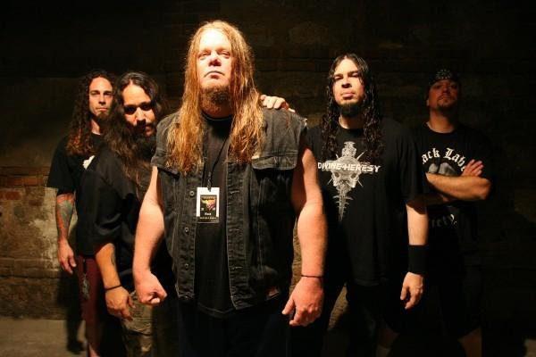 http://www.metalpaths.com/wp-content/uploads/2013/01/forbidden-band.jpg